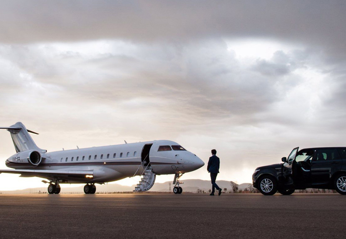 Executive Airport Limo Transfers from $89.00*